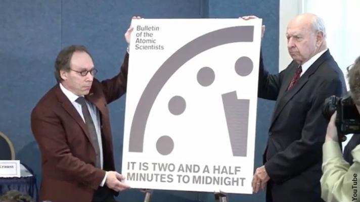 000-doomsday-clock-2017